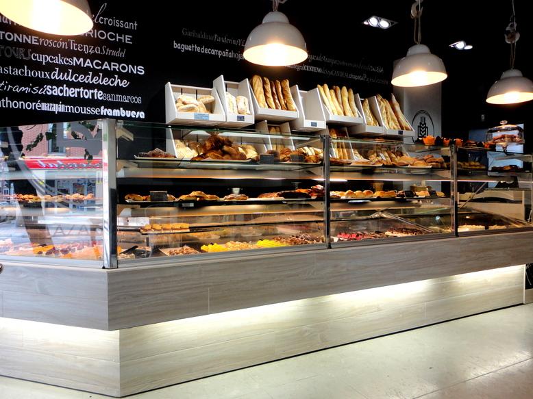 Lazareno Gourmet. Panadería, pastelería, cafetería y obrador.