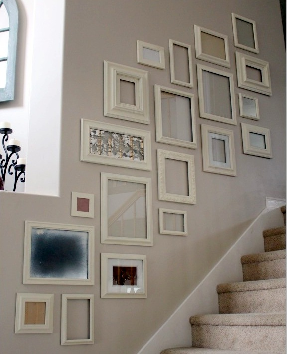 Decorar con cuadros no te cuelgues de tus paredes for Cuadros para escaleras