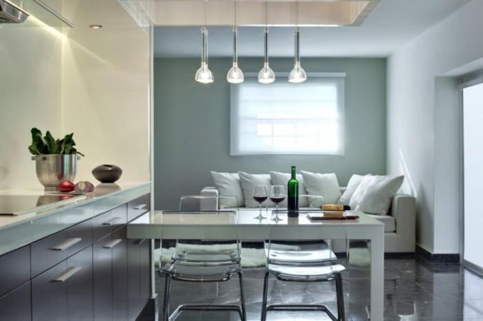 Os aconsejo usar lámparas de techo sólamente en la zona de comedor o